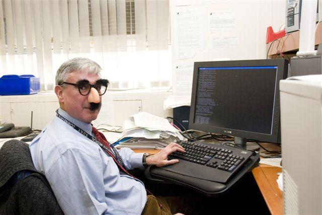 Traub groucho-glasses